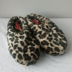 Dearform Slippers